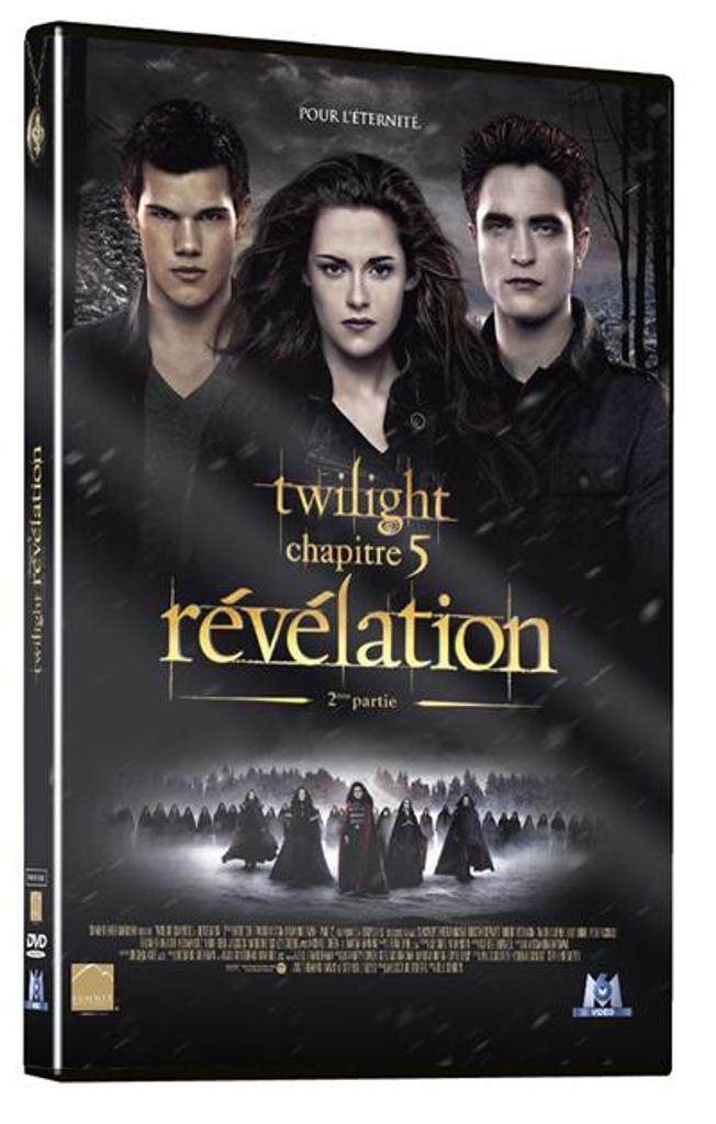 TWILIGHT 5 : Révélation : partie 2 / Chris Weitz, Catherine Hardwicke, David Slade, Bill Condon, réal.  